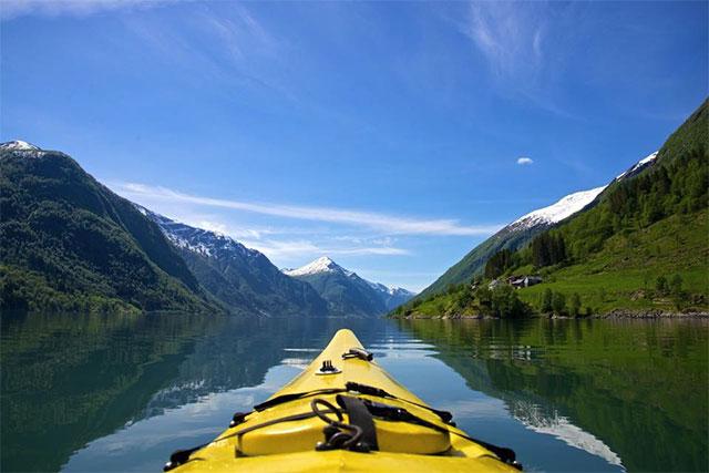 Fjarlandsfjorden_Kajak_Norge_Foto_Oyvind_Heen640