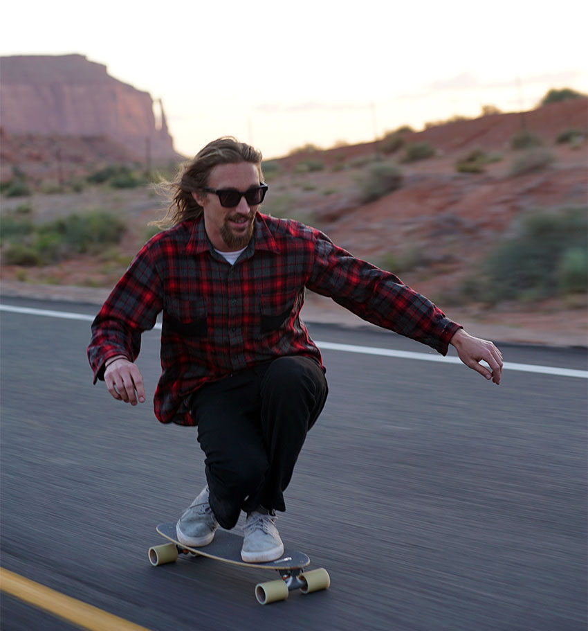 Emil_Sergel_downhill_skateboarding_Foto_EmilSergel850